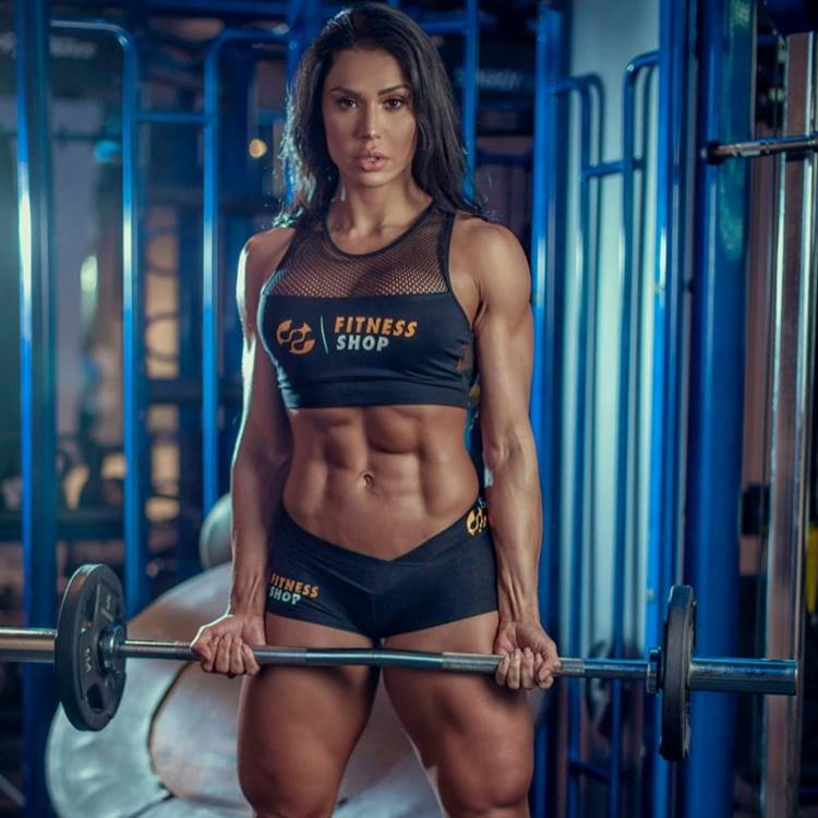 Gracyanne Barbosa nua