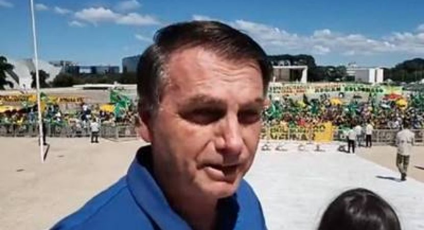 Presidente Bolsonaro participa de ato