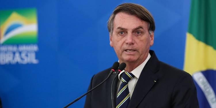 Whindersson Nunes chama Bolsonaro de Satanas