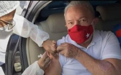 Lula é vacinado